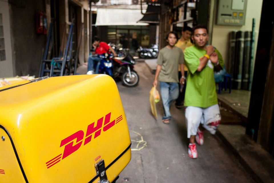 HOW DIGITAL DISRUPTORS SERVE THE UNBANKED IN SOUTHEAST ASIA