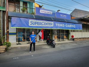 Steven at one of the SuperCenters in East Java