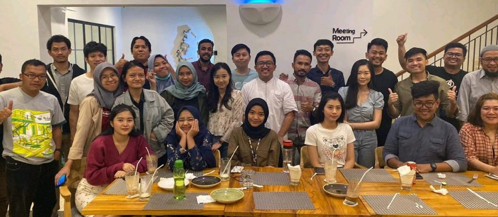 Cross-border social commerce firm RateS team in Indonesia